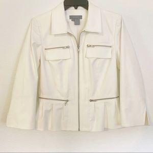 Eccoci Jacket size 6 White Zipper Details Lined